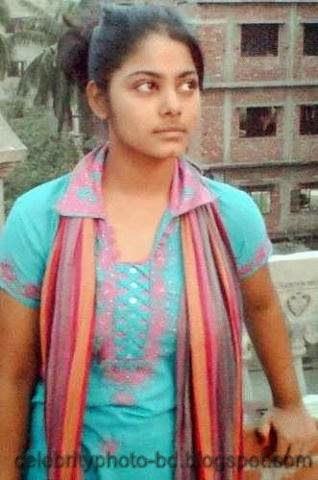 Bangladeshi Sexy Modern Deshi Girls Unseen Photos 2014