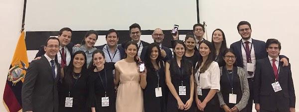 Equipo del Colegio de Jurisprudencia de la USFQ obtiene primer lugar en Concurso Nacional de Arbitraje