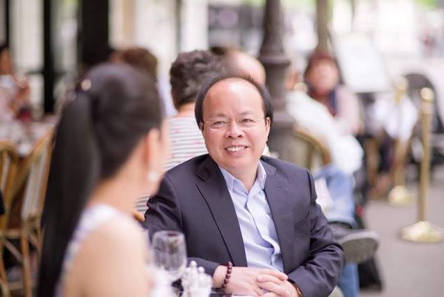 Thứ trưởng Bộ Tài chính kết hôn với Hoa hậu Quý bà Thế giới Đinh Hiền Anh ảnh 2