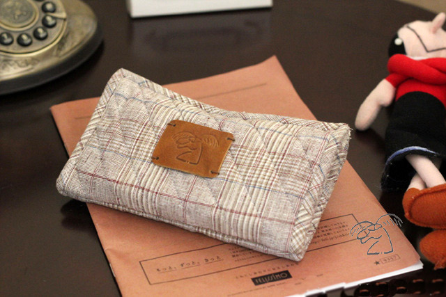 How to Sew Plain Quilted Wallet. DIY Photo Sewing Tutorial.