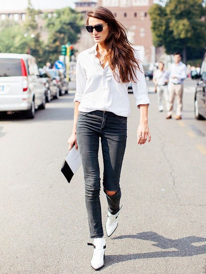 street-style-white-boots-white-shirt