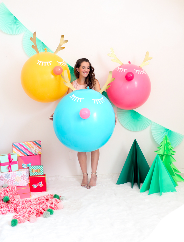 Decorate It – Large Colorful Reindeer Balloons