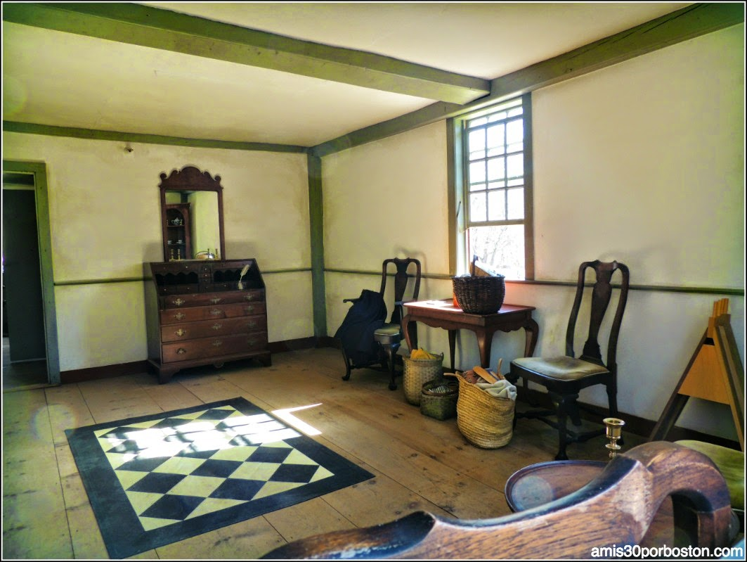 Interior de la Hartwell Tavern, Lincoln