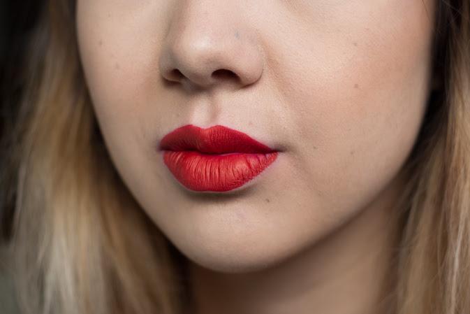 Kat Von D Everlasting Mini Liquid Lipstick Santa Sangre Swatch