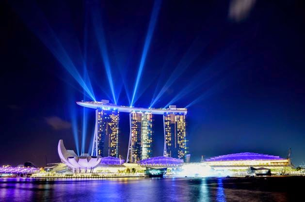 Marina Bay Light and Water Show