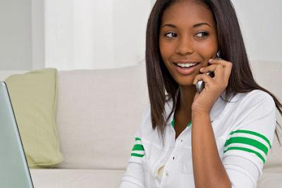 Alasan Perempuan Terobsesi Belanja Online