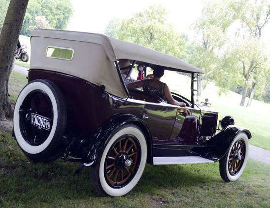 Auburn Beauty-Six 1919