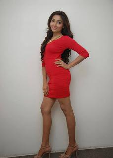 Actress Aishwarya Devan hot