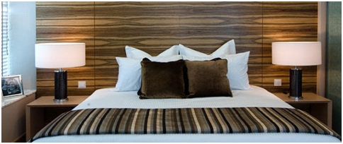 MODERN BEDROOM DECOR IN BROWN AND CREAM COLOR BEDROOM DECORATING - Brown and cream bedroom designs
