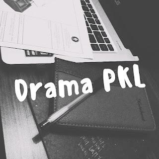 laptop, pulpen, notebook, drama pkl