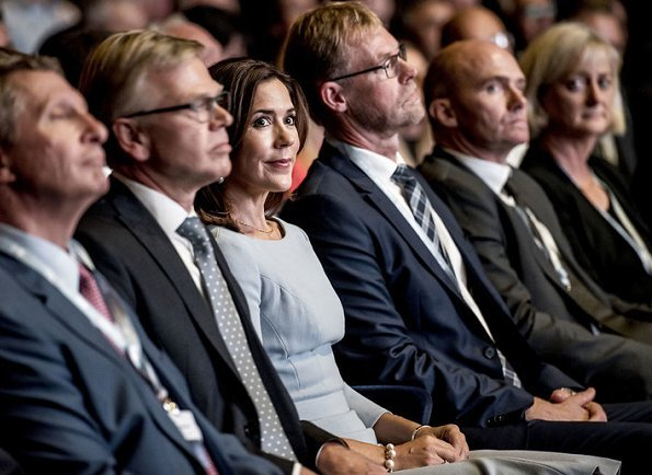 Crown Princess Mary wore JOSEPH Double Cashmere Oslo Coat, Gianvito Rossi Python pumps, carried Prada Saffiano Bag