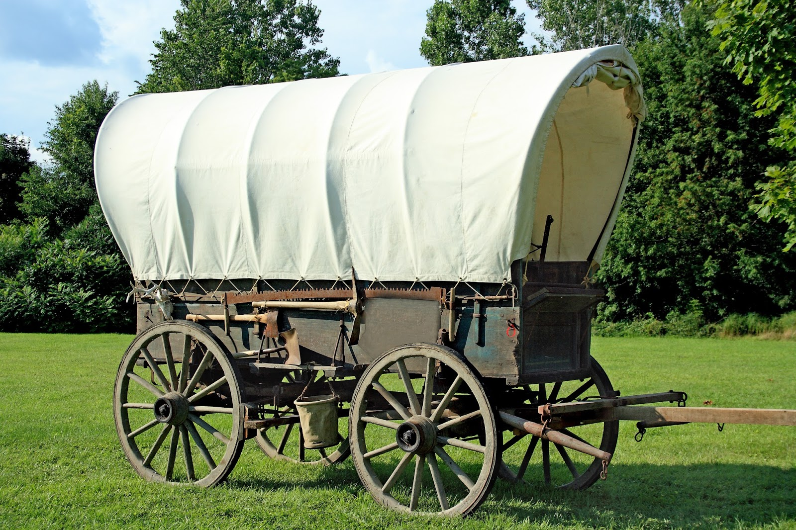 Sweet Americana Sweethearts: Wagons of the West