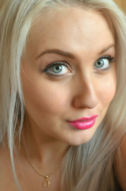 Viva Glam - MAC Lipstick - MAC Lipglass - Miley Cyrus - Pink Lipstick - pink lipgloss - swatches - review - products on -  comparison
