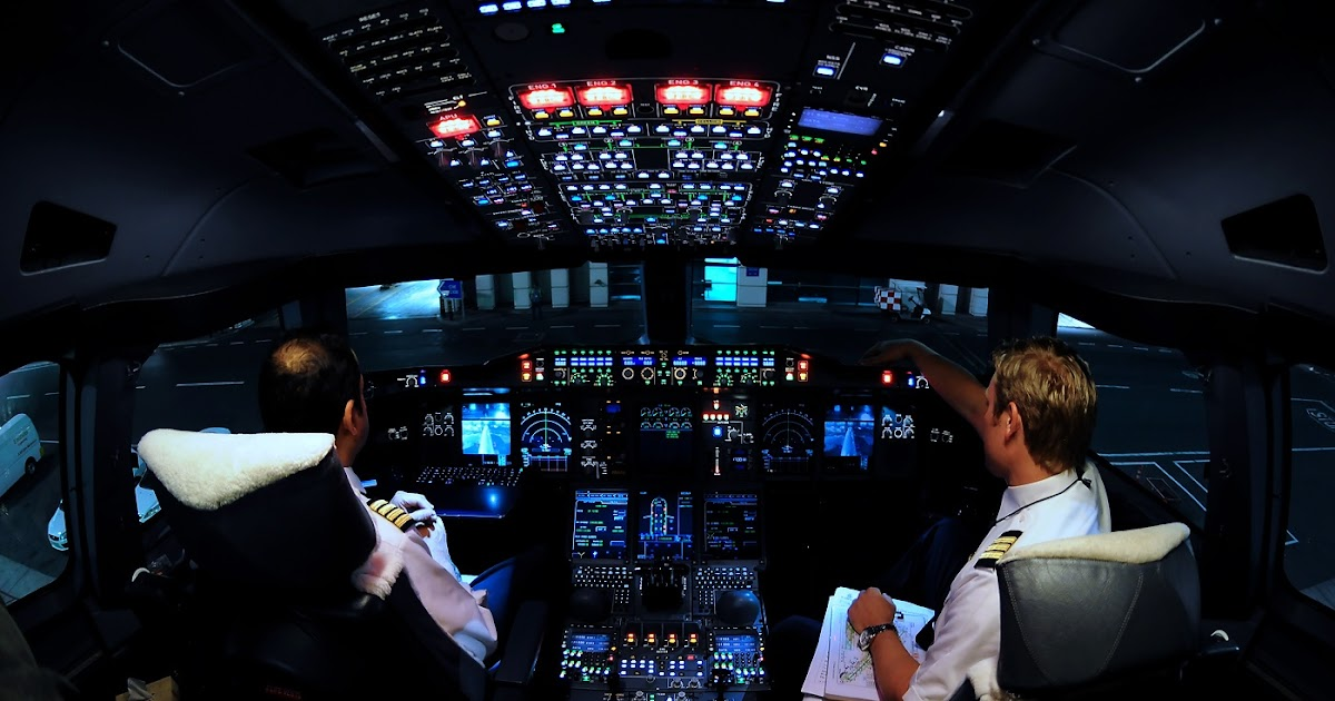 Airbus A380 Cockpit View at Night and Day | Aircraft ...