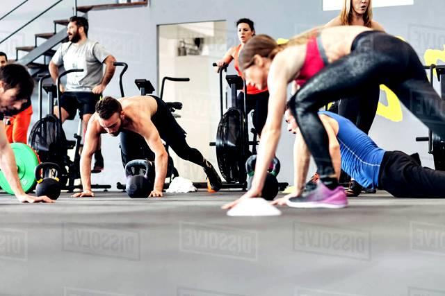Consejos para personas principiantes que quieren entrenar en el gimnasio