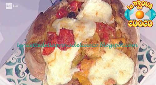 Prova del cuoco - Ingredienti e procedimento della ricetta Peperonata golosa in pagnotta di Sergio Barzetti