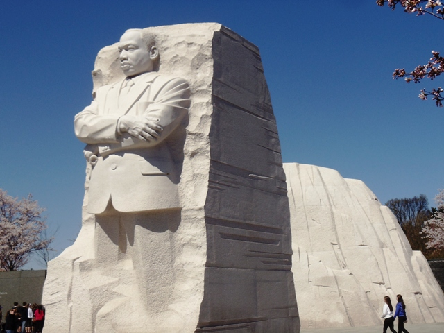 Interesting facts about the martin luther king jr for Facts about the monument