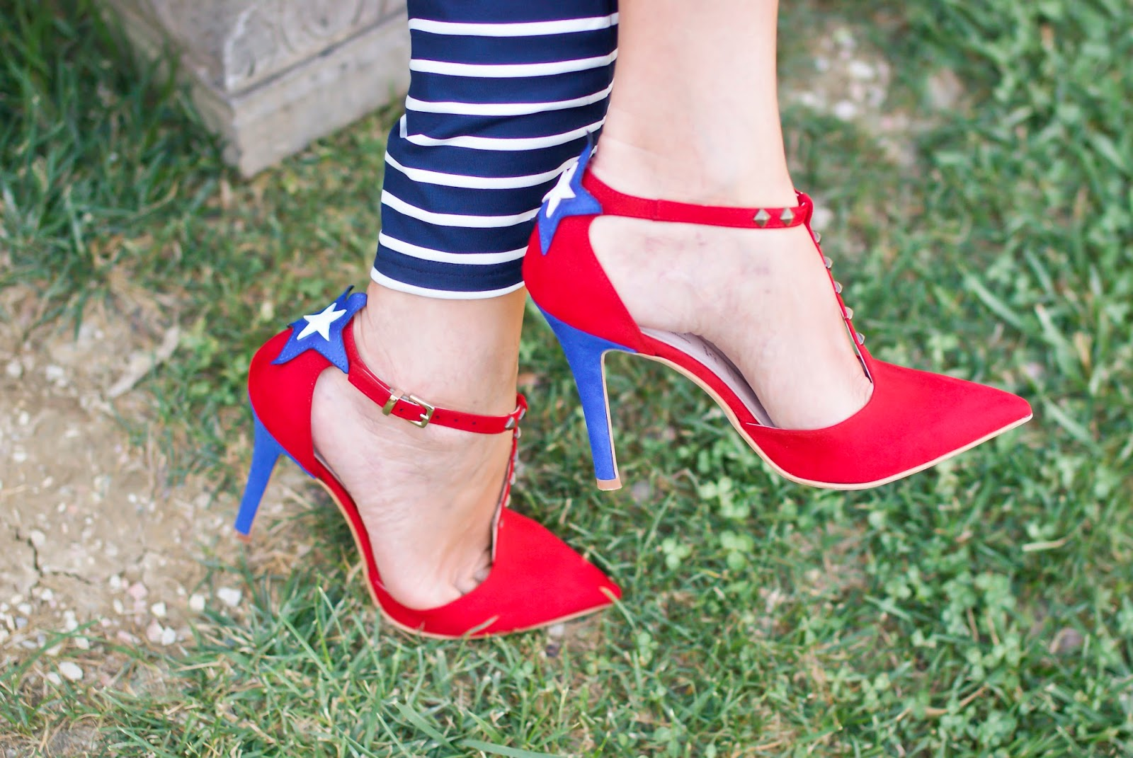 SuperGirl StayMercury shoes on Fashion and Cookies fashion blog, fashion blogger style