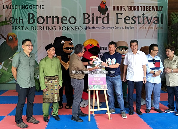 Wong Tsu Shi Birds of Borneo Book