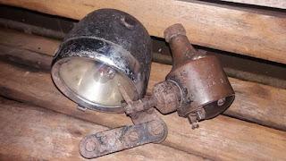 INFO BARANG ANTIK : Dijual Lampu Dinamo Sepeda Antik Merk Lucas