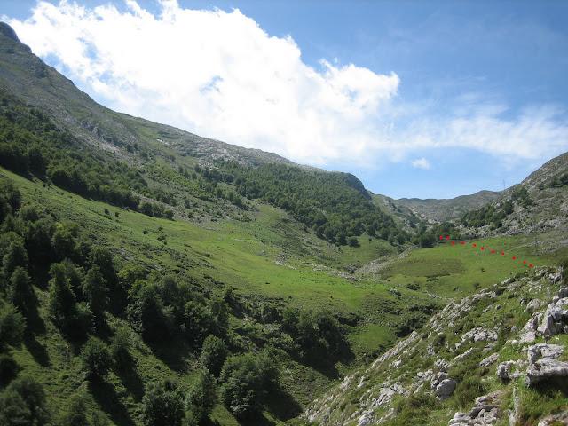Rutas Montaña Asturias: Majada de Sabugo, en la Senda del Arcediano, camino al Canto Cabronero