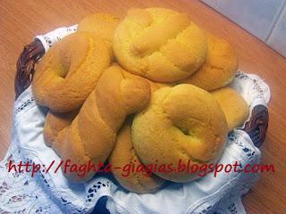 Πασχαλινά κουλούρια βουτύρου - από «Τα φαγητά της γιαγιάς»