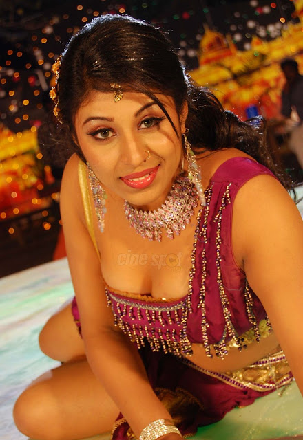 Indian Actress Nude Pictures