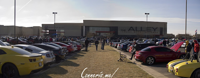 Cars_And_Coffee_Wichita_at_The_Alley_2