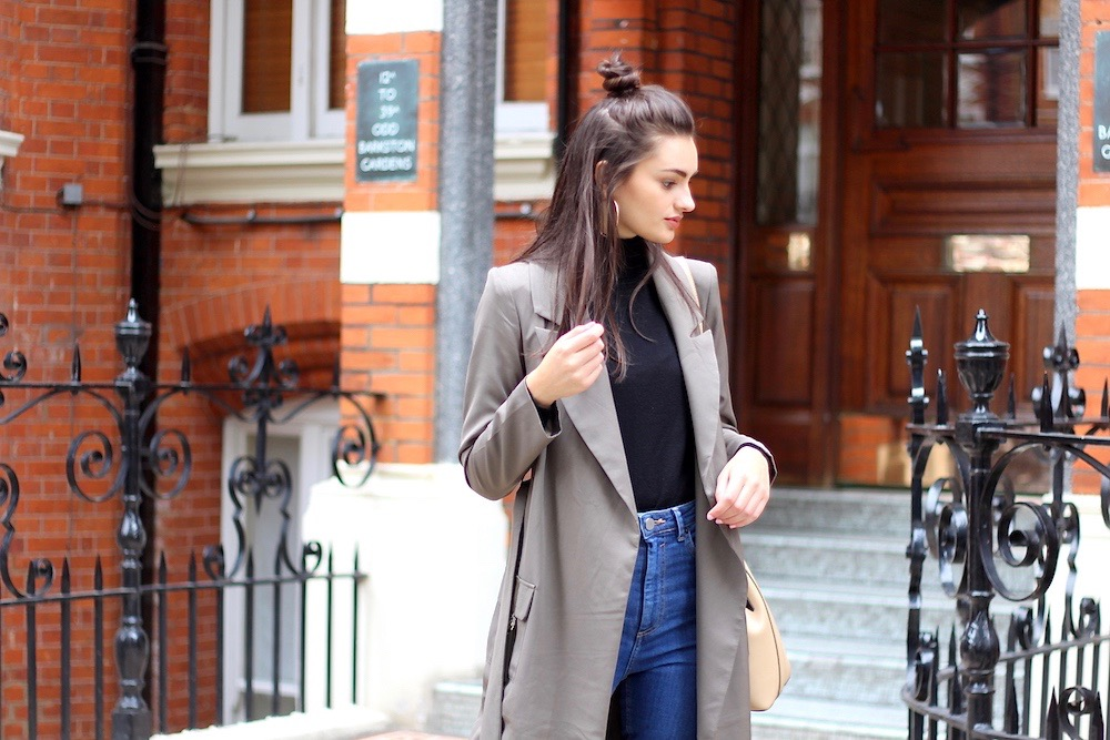 Why Every Girl Needs a Duster Coat This Season
