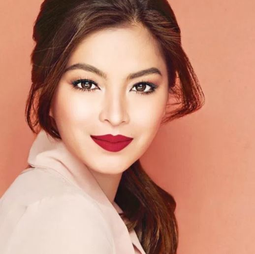 Angel Locsin Receives A #LifePeg Award At Her Young Age!