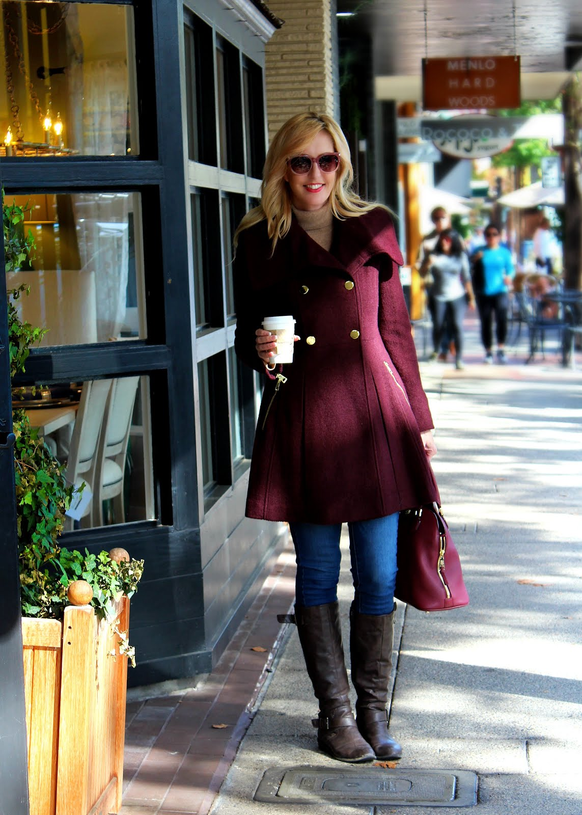 Downtown Coffee & Shopping