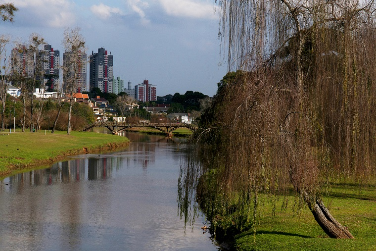 Aniversariante, Curitiba tem atrativos turísticos por toda parte