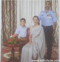 Abhinandan Vardhaman with his family wife and son abhinandan varthaman released abhinandan varthaman video india news  wing commmander abhinandan varthaman