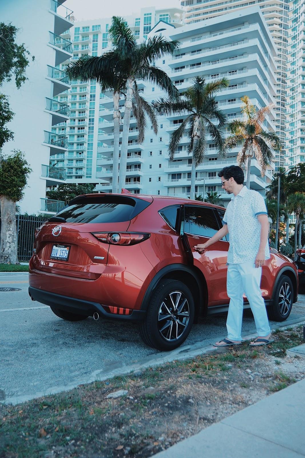 Recorriendo La Capital Del Sol Con Mazda