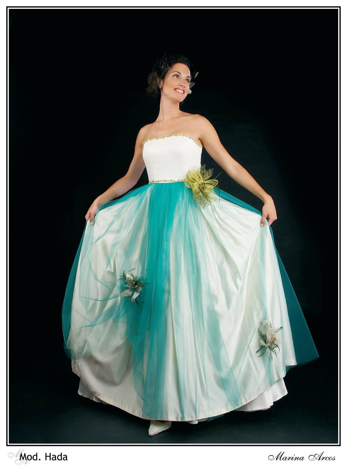 Novias Marina Arcos: bodas en mayo
