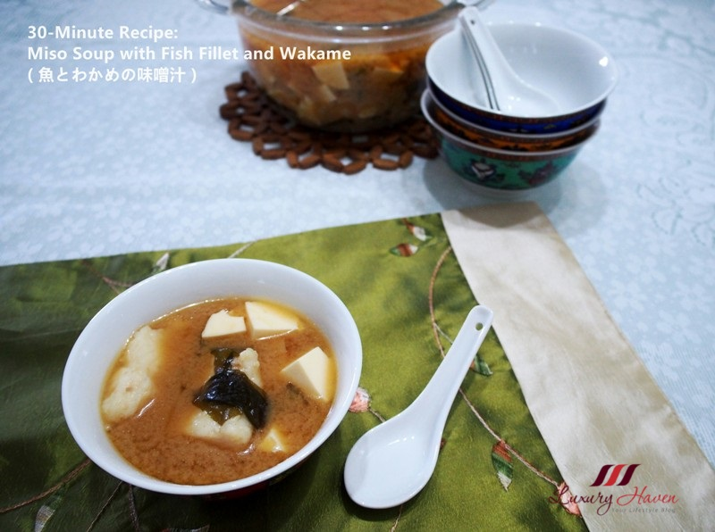 daiso miso soup with wakame fish fillet