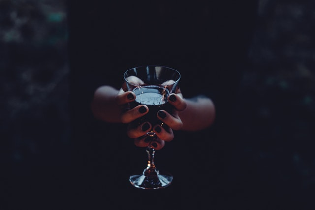 We are not your mother to ask you to breathe and make hysterics, since you are a little drunk. Therefore, in this article there will be no didactics - only authoritative opinions of people who know the truth about alcohol.