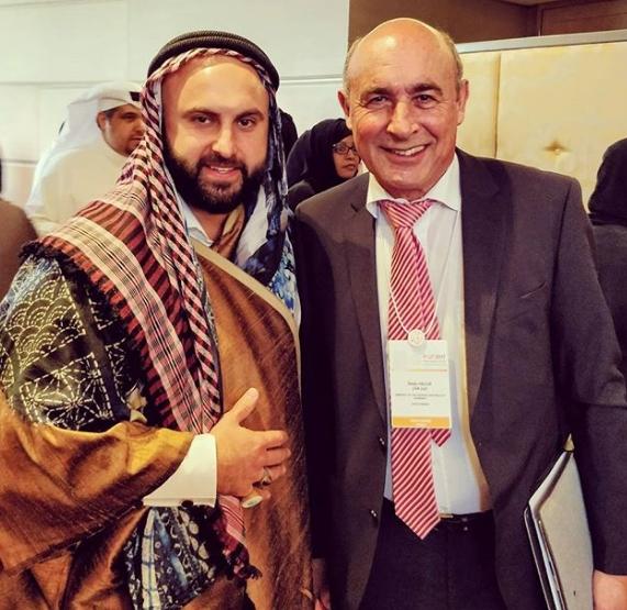 صور بن تسيون مع اعلامي سعودي
