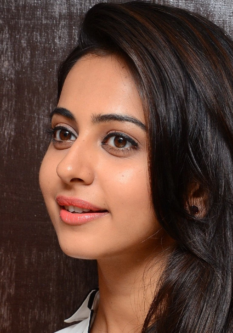 Face Close Up Photos Of Rakul Preet Singh