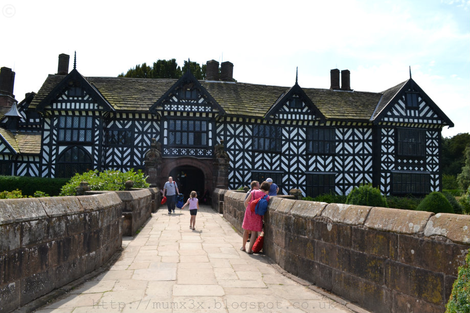 Speke Hall @ Ups and downs, smiles and frowns