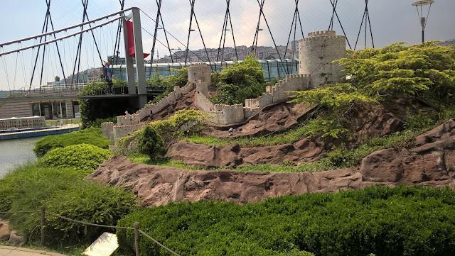 Miniatürk İstanbul Boğaz Köprüsü ve Kalesi