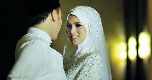 buktikan khusus buat istri ingin karier suami