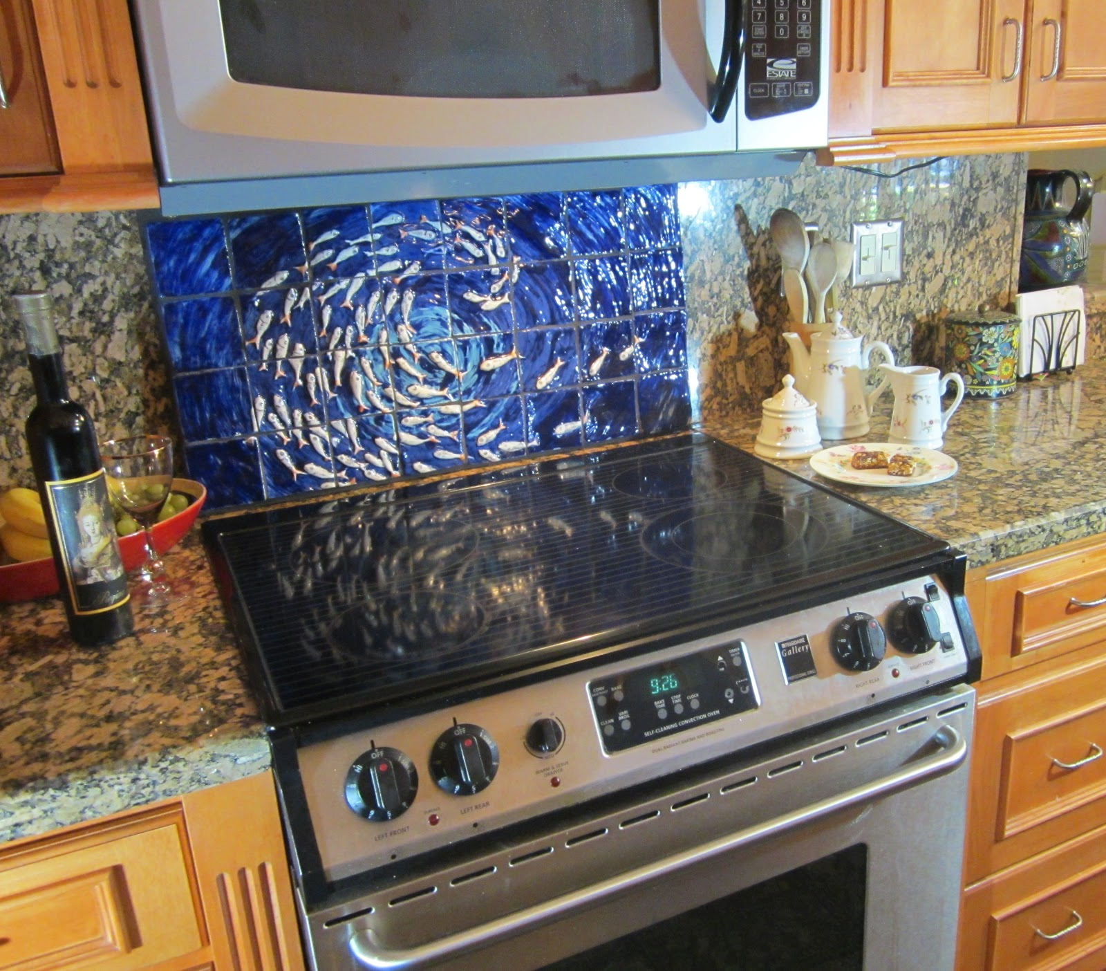 Tortuga Tidings Fish Tornado Backsplash