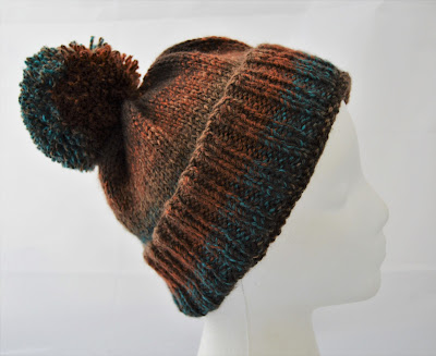 hand knit hat with pom pom for sale https://www.etsy.com/shop/jeanniegrayknits