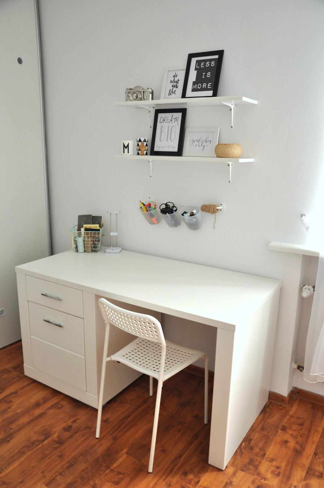biurko snow białe krzesło adden