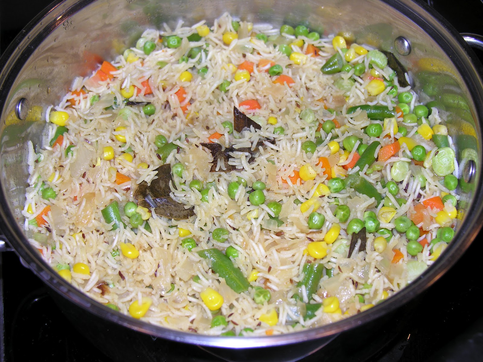 How to cook rice with vegetables