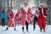 В Деме на лыжной трассе «Баланово» прошел забег Дедов Морозов Фото