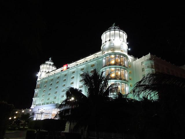 RIU Palace Las Americas at night