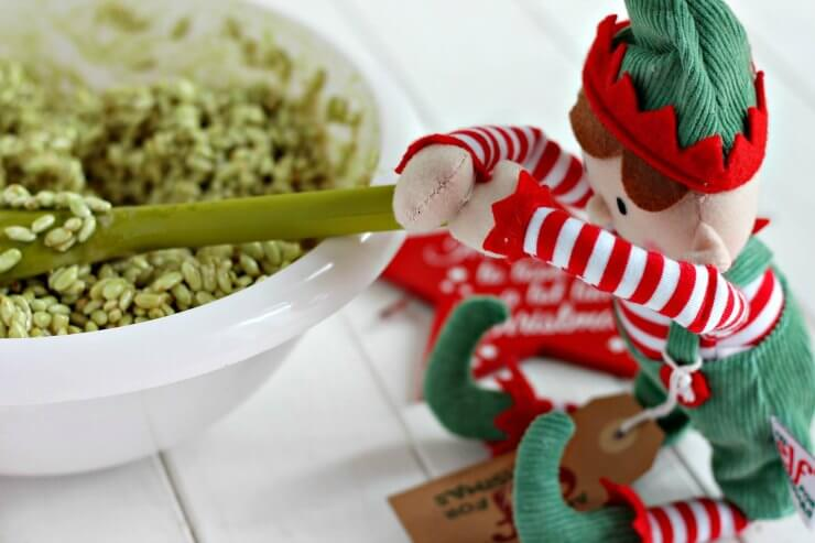 Christmas Tree Lollipops made with puffed rice cereal