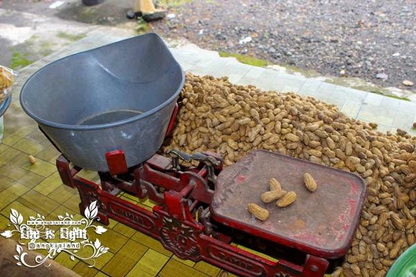 Timbangan Kacang Yogyakarta